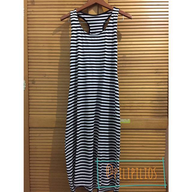 • Kim striped maxi dress •
