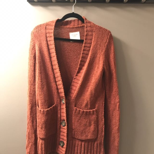 Abercrombie orange/red cardigan