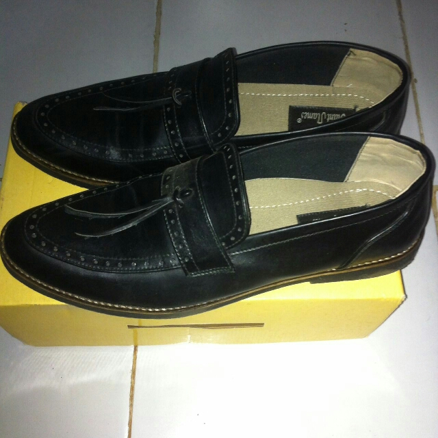 Adam Tassel Loafer Local Brand