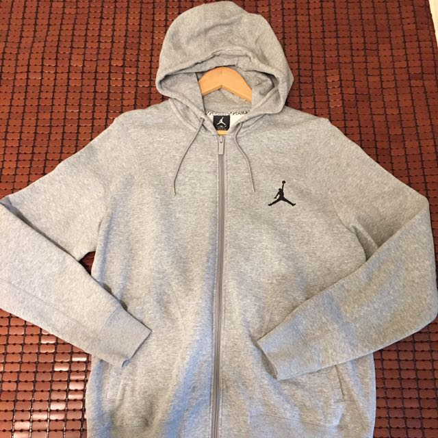Air Jordan 灰色帽T