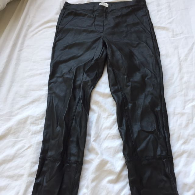 Aritzia Wilfred leather leggings