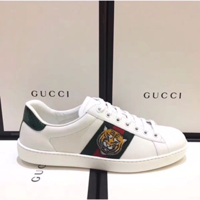 AUTHENTIC GUCCI SNEAKER ( NO BOX)