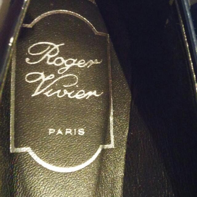 Authentic Roger Vivier Size 38