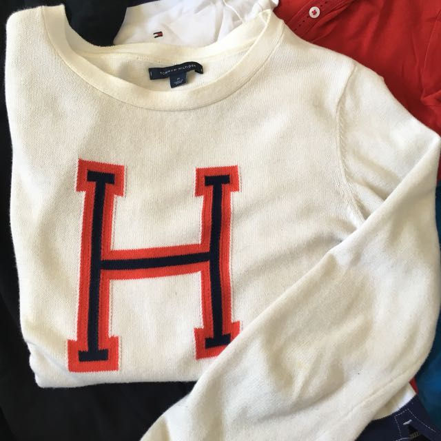 AUTHENTIC Tommy Hilfiger Scoop Neck Cream Sweater