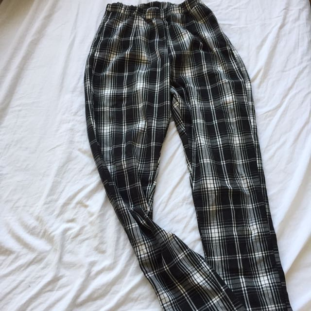Brandy Melville plaid pant