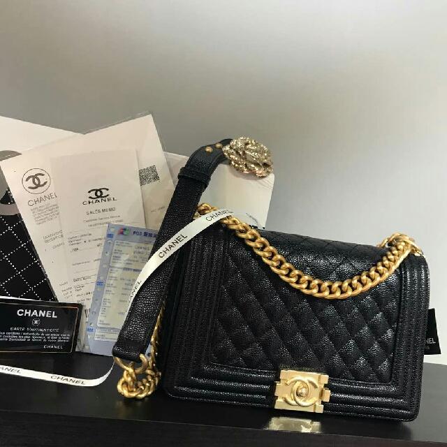 d507dbcbdb589e Chanel Le Boy Caviar With Gold Hardware, Barangan Mewah, Beg dan ...