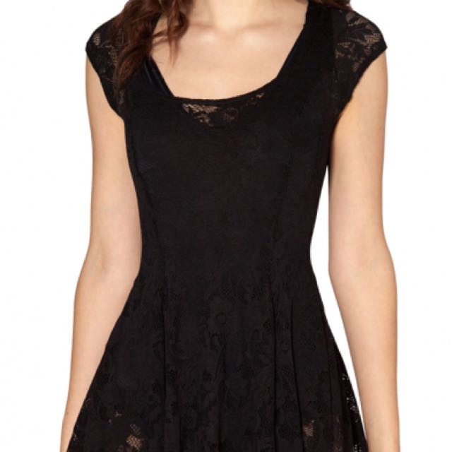 COTTON ON capsleeve lace dress