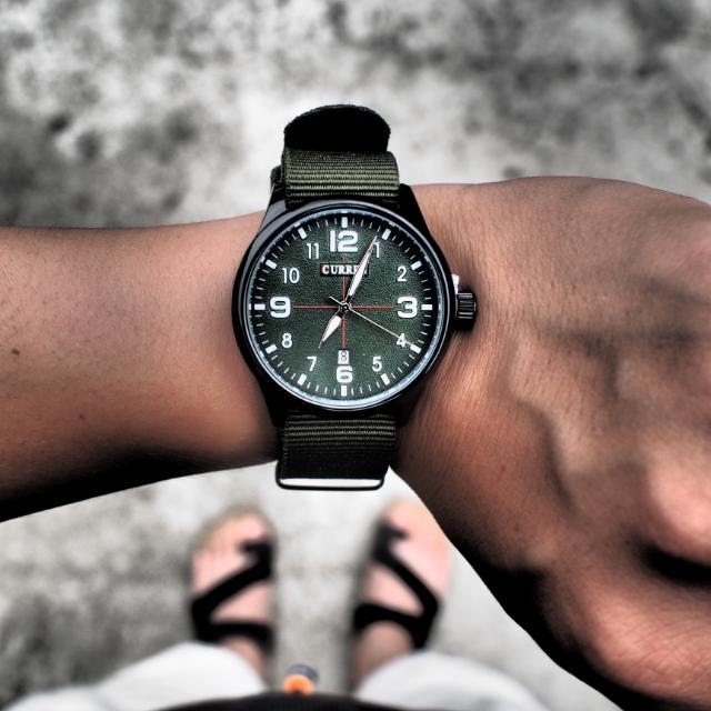 Curren 陸軍軍裝布帶石英錶