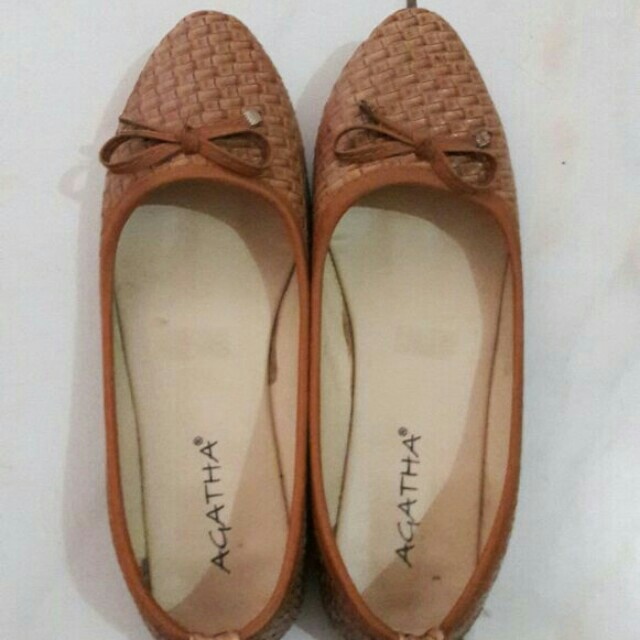 Flatshoes anyaman