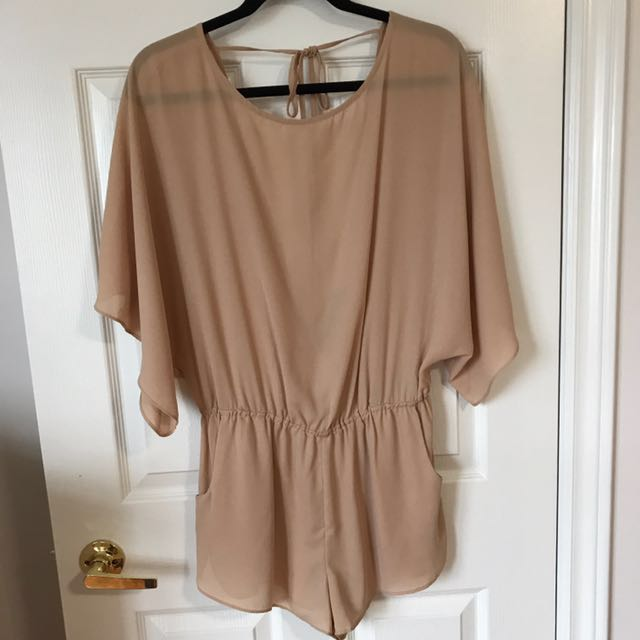 Flowy Romper With Pockets And Tie In The Back