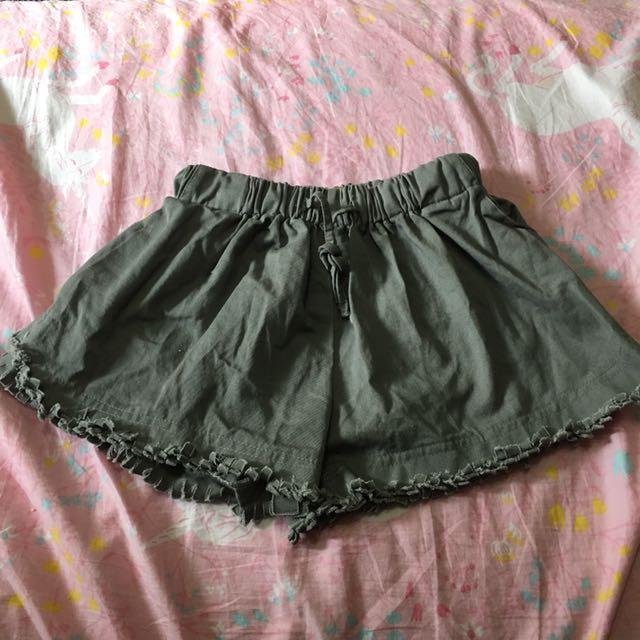 *轉賣FS菲馨*抽鬚綁帶短褲(黑、灰)