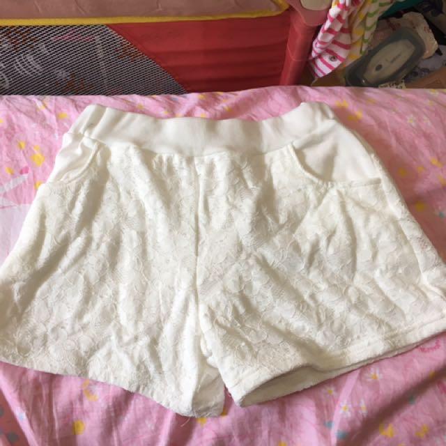 *轉賣FS菲馨*蕾絲短褲(白)