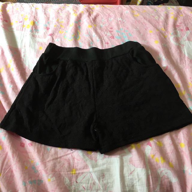 *轉賣FS菲馨*蕾絲短褲(黑)