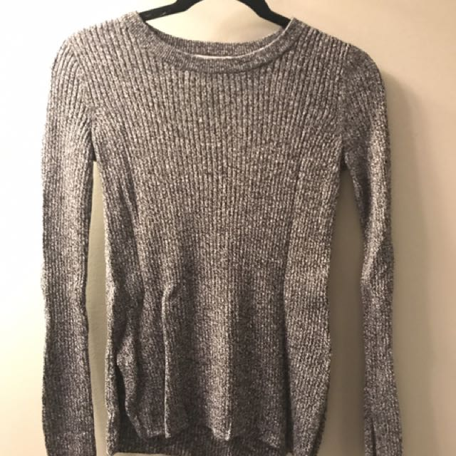 H&M Grey long sleeve