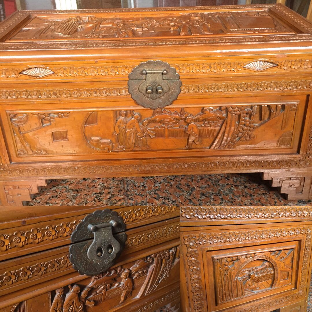 Last Chance Reduced Move Out Sale Trunk Chinese Carved Solid Wood Medium