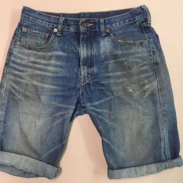 「寄賣」Levi's 牛仔短褲