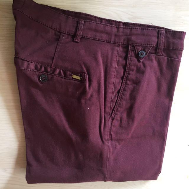 PULL N BEAR maroon jeans