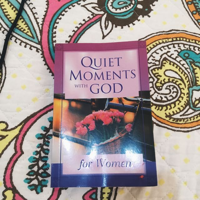 Quiet Moments with God for Women