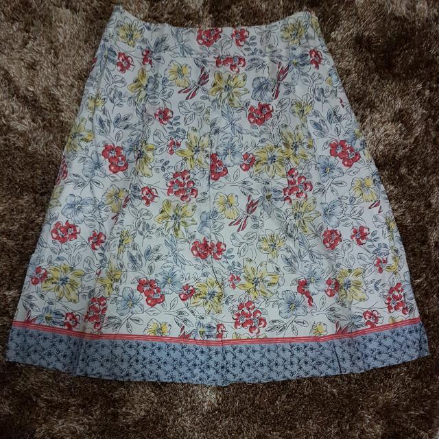 Rok Lebar Gypsy Bunga