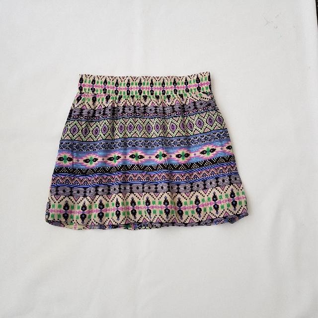 size 8 ladies beach Skirt