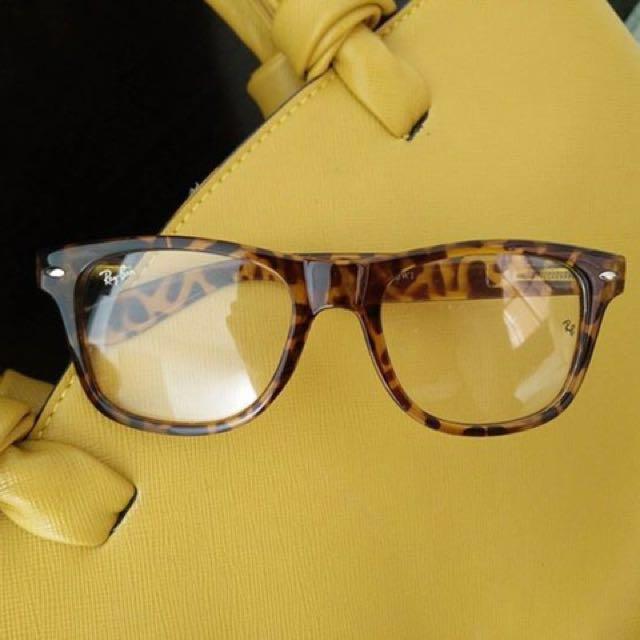 Specs Replaceable Lens