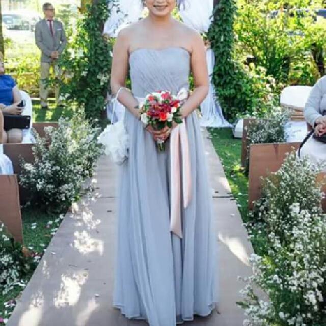 Sweetheart neckline gown