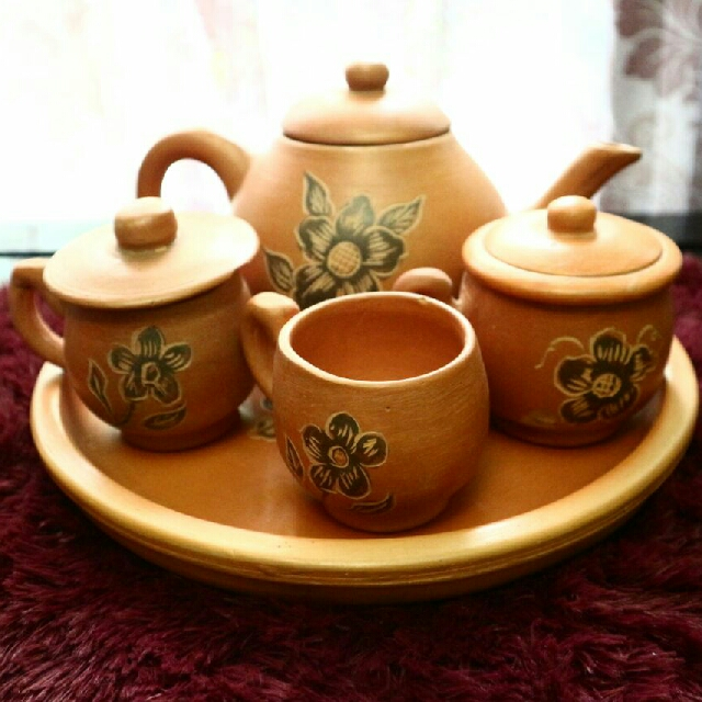 TEA POT POCI