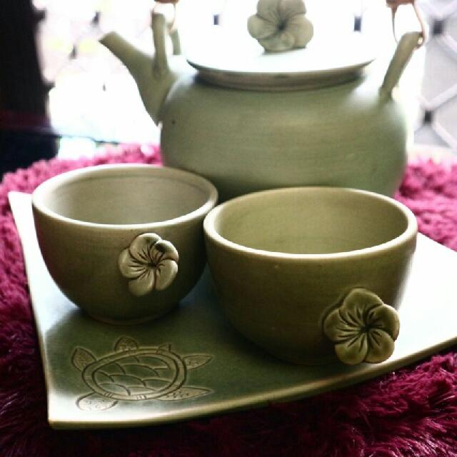 TEA POT SET (HOME MADE)