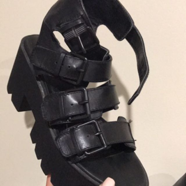 Windsor smith heels size 5 nearly new !