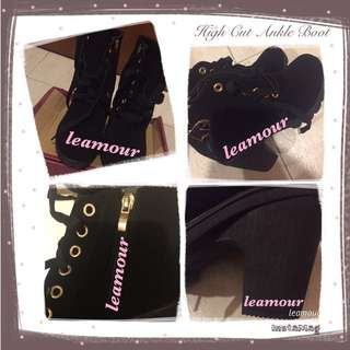 👢: Evidence Of Black High Cut Ankle Boots - Size EU36 Arrival