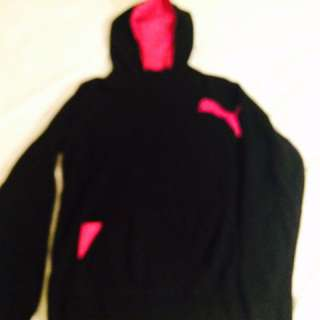Medium Puma Hoodie Black and Pink