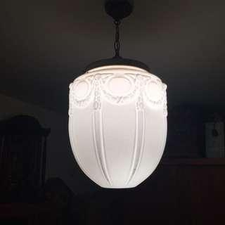 🚚 奶油燈 長約40 半徑約30公分