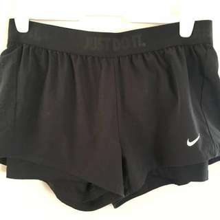 Nike Ladies Drifit Shorts (Lge)
