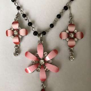 Pink floral earrings and necklace set