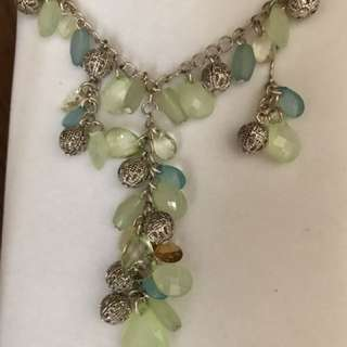 Green beaded earring and necklace set