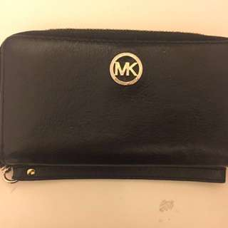 Black And Gold Michael Kors Wallet