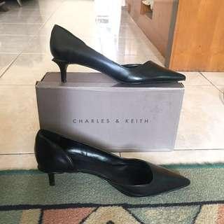 Charles & Keith Black Heels #prelovedkusayang