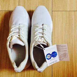 AUTHENTIC GEOX WHITE SHOES