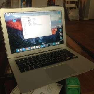 MacBook Air 2010 年末