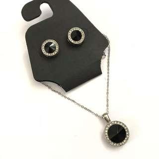 黑寶石水鑽耳環項鍊組