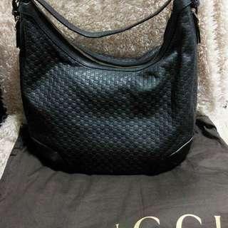 Gucci 黑色皮袋