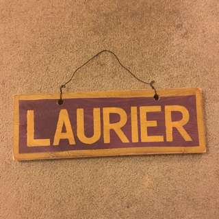LAURIER SIGN
