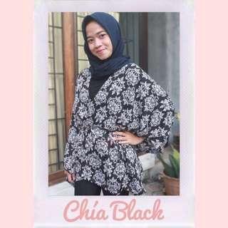 Chía Black Outwear
