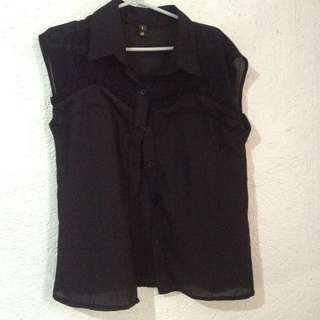 Black sleeveless polo