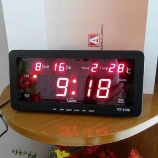 Flash sale ! led digital table/wall clock.