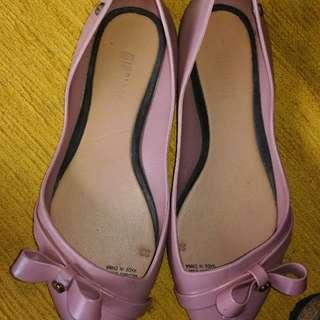 minnings flat shoes size6