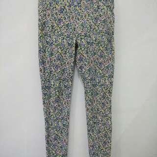 Uniqlo floral legging