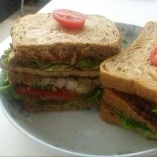 Fresh Home-made Sandwiches 🍔