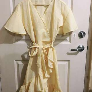 REPRICED! Gingham wrap around style dress.