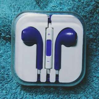 Earphones (Violet)